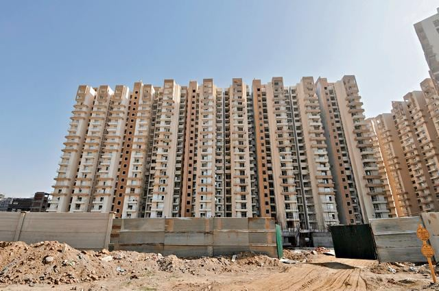 The Uttar Pradesh stamp and registration department in Noida will conduct a survey to find out how many homebuyers are living in group housing buildings without registering their flats.