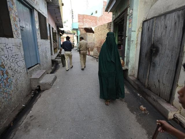 It is alleged that more than 250 Hindu families in western Uttar Pradesh's Kairana town were forced to migrate under the threat of intimidation and violence.