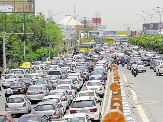 Traffic jams are a daily sight across Noida. Lack of adequate police personnel is hindering traffic management.