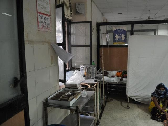 Hospital authorities allegedly did not send the body to the mortuary immediately, but left the foetus in a tray in the surgery unit.