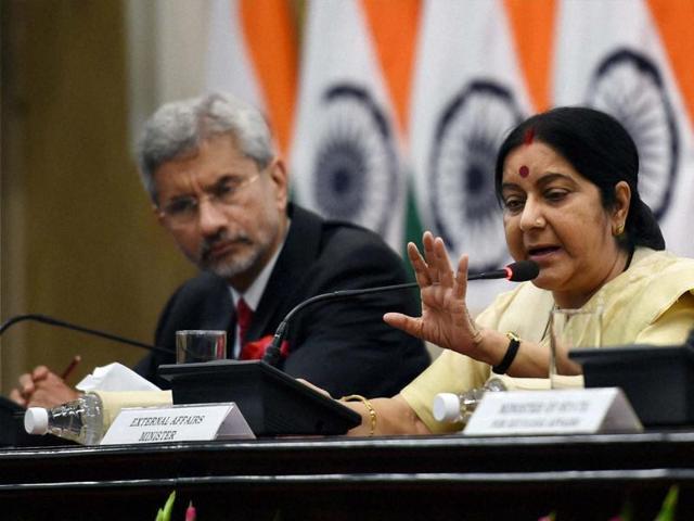 External affairs minister Sushma Swaraj with foreign secretary S Jaishankar at a press conference in New Delhi on Sunday.