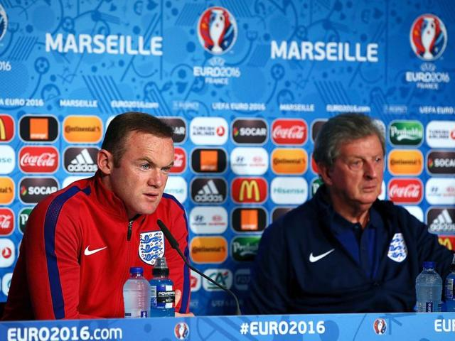 Wayne Rooney believes Roy Hodgson's long-term investment in youth merits a contract extension.