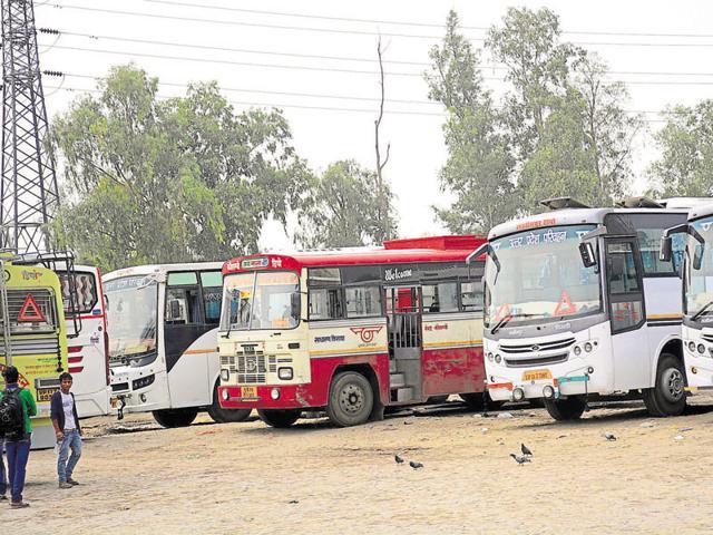 bus,journey,noida