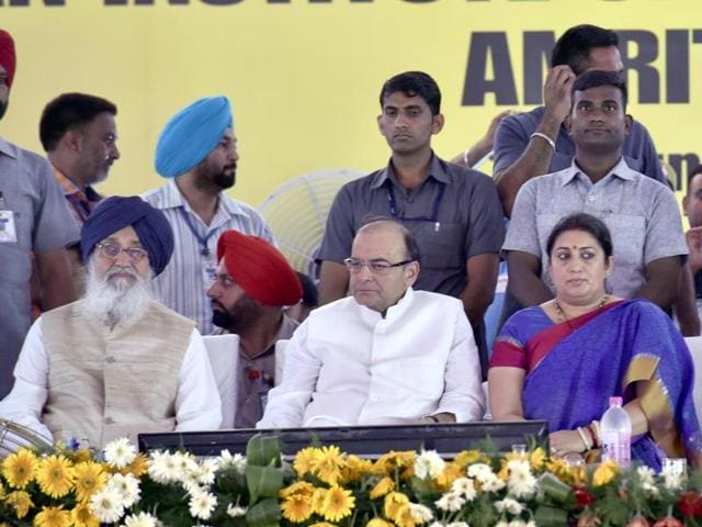 (L-R) Chief minister Parkash Singh Badal, Union finance minister Arun Jaitley and HRD minister Smriti Irani during the stone-laying ceremony of the IIM in Manawala near Amritsar on Sunday.