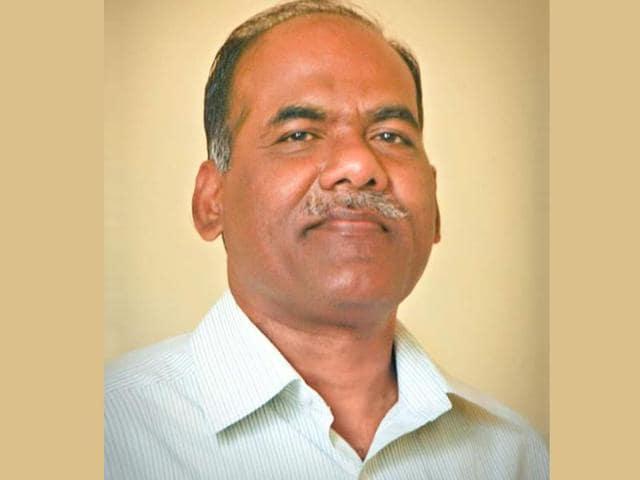 BP Mahesh Guru teaches journalism at the Mysore University.