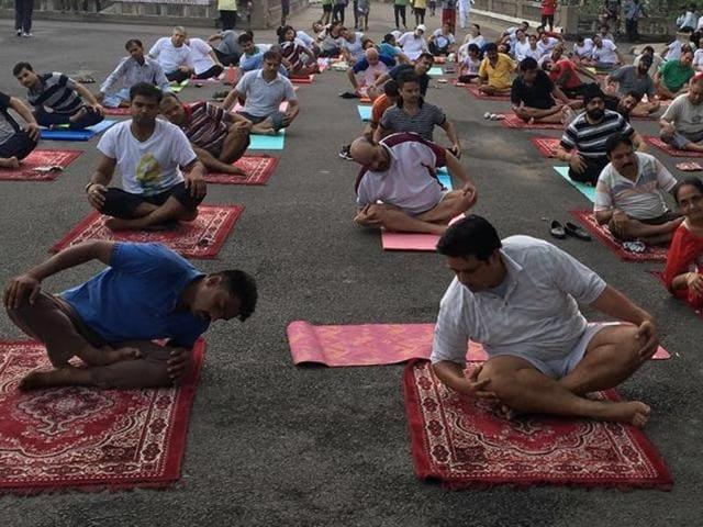 yoga modi,yoga day,chandigarh
