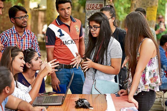 Delhi University,DU cut-offs,DU admissions