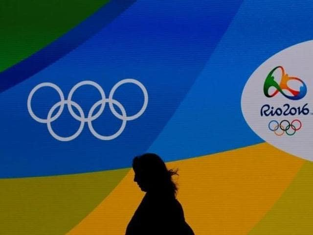 The IBF said it will punish pro boxers who compete in the Rio de Janeiro Olympics by removing them from the sanctioning body's rankings or vacating their titles.