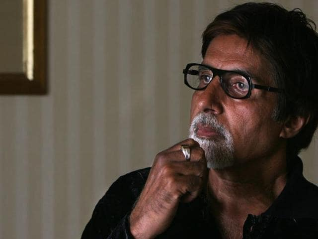 Amitabh Bachchan says when he wrote his first blog, he got one response. Now, he sometimes gets as many as 400 responses for his posts.