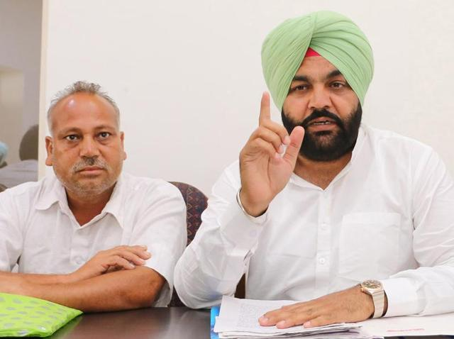 District Congress Committee (rural) president Gurjit Singh Aujla addressing the media in Amritsar on Tuesday.