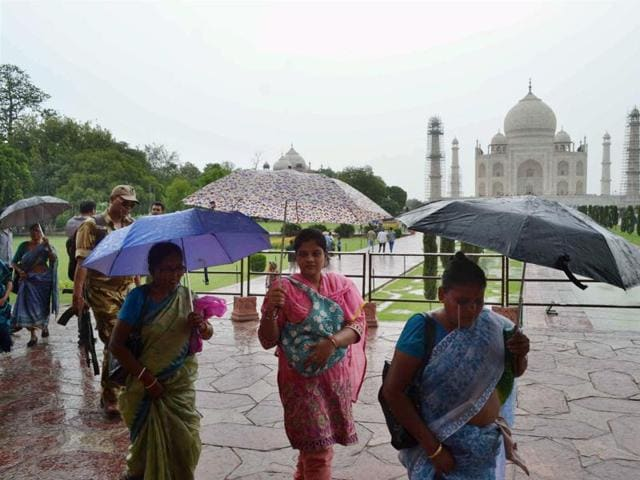 Heavy rains accompanied by lightning hit many parts of the state on Tuesday.