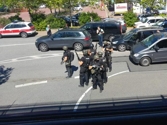 The daily Frankfurter Allgemeine Zeitung said that the man had entered the cinema around 3:00 pm (1300 GMT) and barricaded himself inside as terrified cinema-goers fled.(Rhein-Neckar Fernsehen / Facebook)