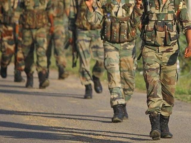 The accused was sporting an army uniform with rank badges of a major general, was seen moving around and taking pictures at the Fort William premises.