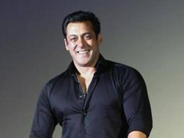 """Salman Khan is yet to confirm or deny rumours about tying the knot with rumoured girlfriend Iulia Vantour but the actor doesn't shy away from saying that he is """"dying"""" to get married."""