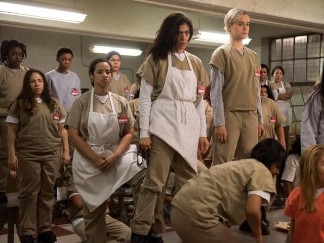 OITNBgets a hundred new inmates and no new plotlines.