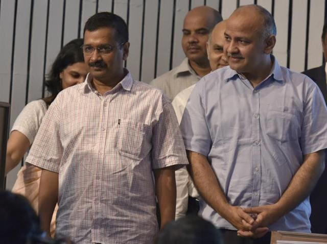 New Delhi: Delhi chief minister Arvind Kejriwal launched an attack on the centre in a series of tweets, telling the Union government to let his government work.