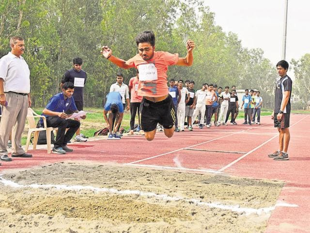 Aspirants to Delhi University this year were required to fill up a centralised form for the sports admission and upload three merit certificates along with it.
