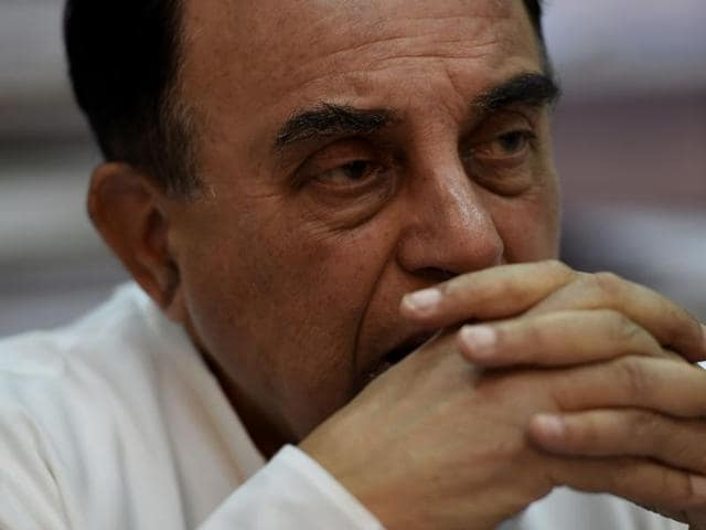 Shiv Sena's support for Subramanian Swamy comes amidst the exchange of words between him and finance minister Arun Jaitley over the his demand for sacking of Arvind Subramanian.(AFP)