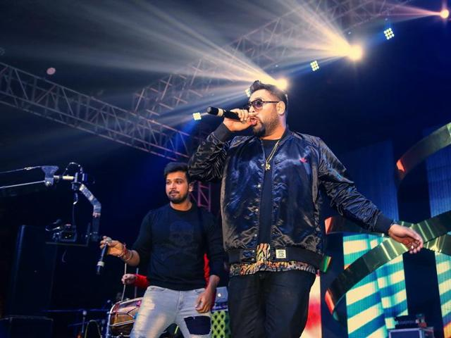 Singer -rapper Badshah says Bollywood gives immense reach to an artiste, but independent music provides more room for experimentation.