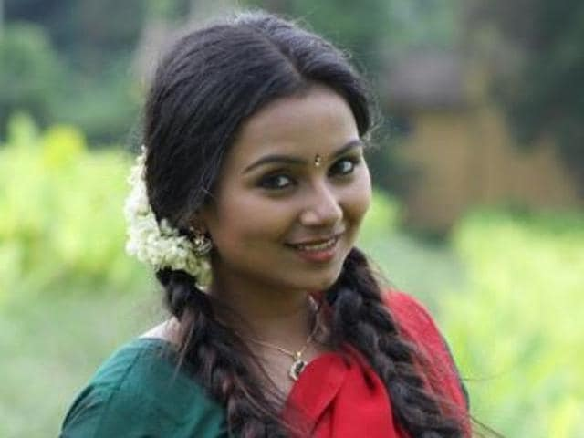 Mrudula has worked in Malyalam films Eisamma Enna Aankutty and Shigamani and Tamil films like Nagaraja Cholan MA, MLA  and Chikkikku Sikkikichu.