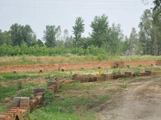 Hoshiarpur land scam,SDM,revenue officials