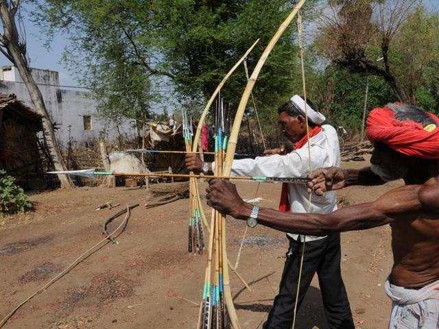 Bheel and Bhilala archers refrain from using their thumbs while releasing an arrow from a bow.