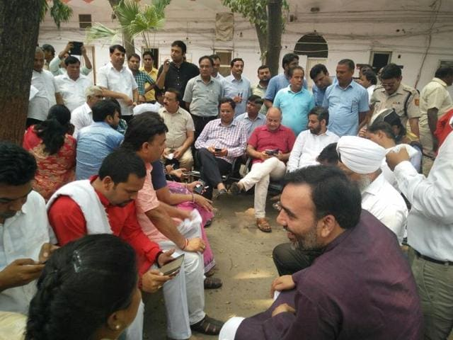 Aam Aadmi Party MLAs inside Parliament Street police station.