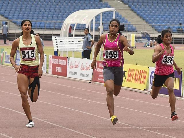 Srabani Nanda, left,  participating in the women's 200m during the 20th Federation Cup senior National Athletes Championships at JLN Stadium in New Delhi, on April 30, 2016.