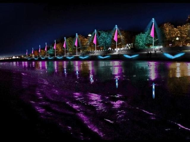 The BMC's Rs20-crore 'beautification' plan includes putting up musical lights that change colour and makes projections on the sand and water.