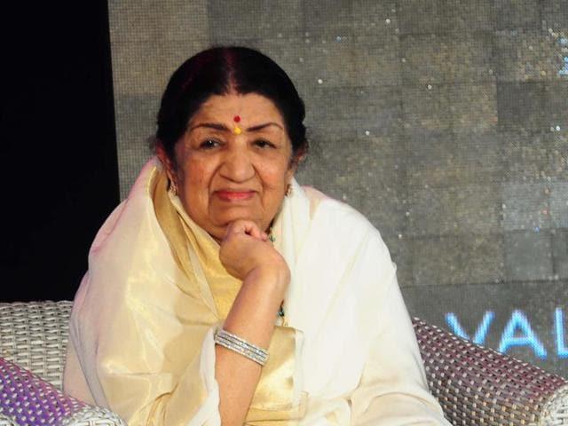Lata Mangeshkar,Asha Bhosle,Singers