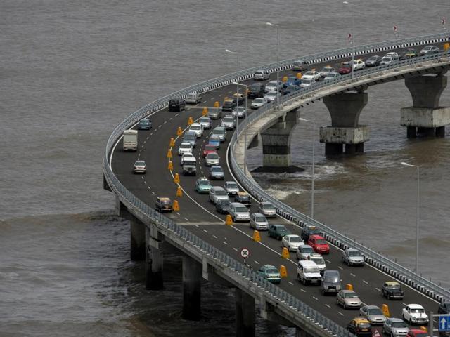 traffic,Western Express Highway,Bandra Worli Sea Link