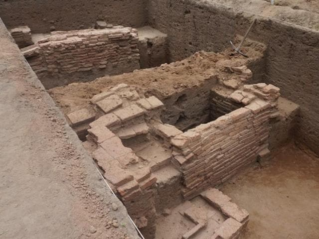 Archaeologists and researchers have unearthed the crumbling remains of an ancient urban centre, equal in size and importance to that of Mohenjo-daro.(Photo courtesy - Kamala Thiagarajan)