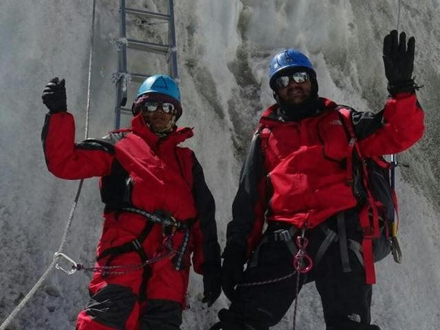 Pune residents Dinesh Rathod and wife Tarakeshwari, both police constables, grabbed headlines in May after they claimed to have climbed Mount Everest, the first Indian couple to accomplish the feat.(Facebook)