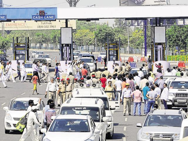 Residents have been repeatedly protesting against the toll on DND Flyway, sometimes forcing open the boom barriers.