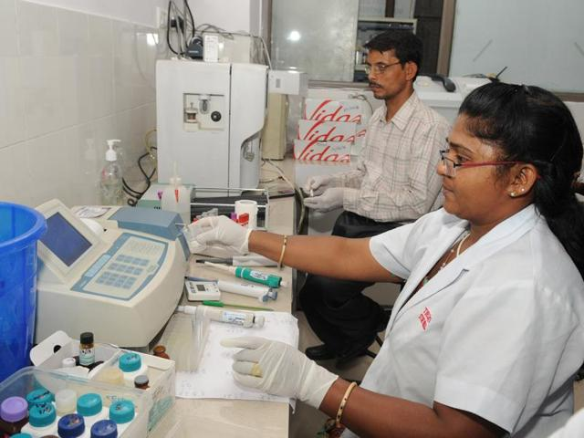 Noida's Bharat Vikas Diagnostic Centre in collaboration with Noida Entrepreneur Association to introduce affordable ultra sound test and diagnosis.(Burhaan Kinu / HT Photo)