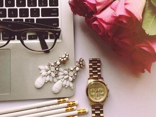 Use our tips on how to carry jewellery off at work and bling on ladies!
