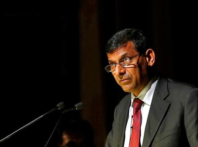 Reserve Bank of India (RBI) governor Raghuram Rajan delivers a lecture at the Tata Institute of Fundamental Research in Mumbai.