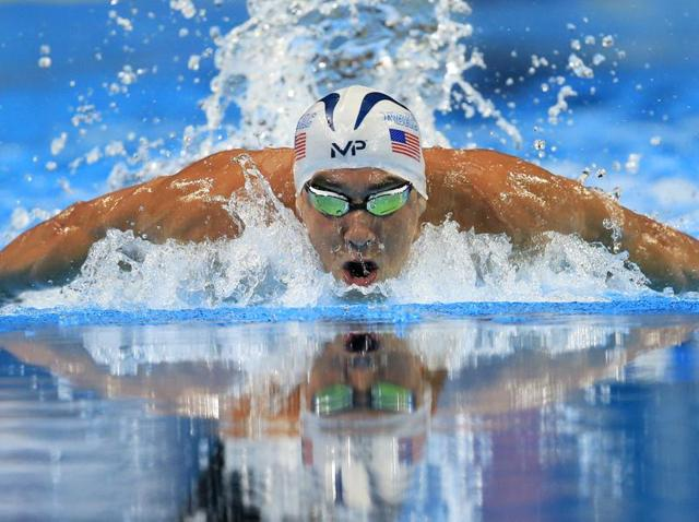 Michael Phelps swims in the men's 200-metre butterfly final at the US Olympic swimming trials in Omaha, Nebraska.