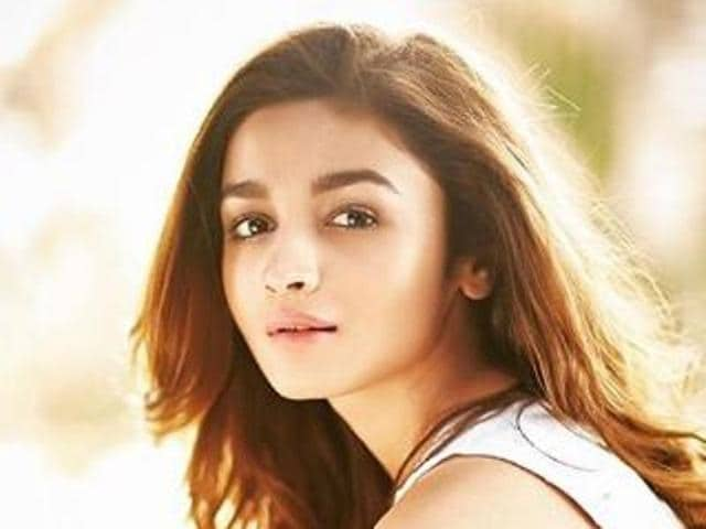 Watch Alia Bhatt's videos and get to your own workout routine. Right Now!