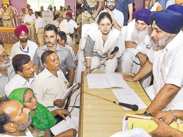 Deputy chief minister Sukhbir Singh Badal during a sangat darshan at Mangarh village in the Urmur constituency in Hoshiarpur.