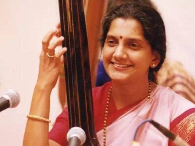 Acclaimed Hindustani classical singer and exponent of the 'Gwalior gharana' Veena Sahasrabuddhe passed away here following a prolonged illness, family sources said on Thursday.