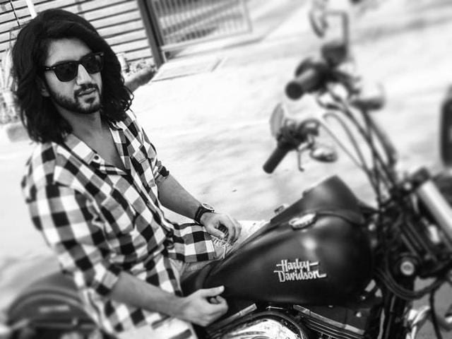 Kunal Jaisingh plays one of the Oberoi brothers in Ishaqbaaz.