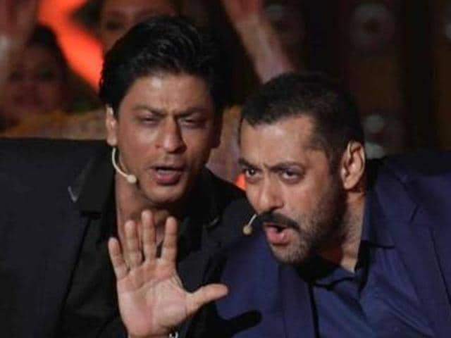 """Asked to comment on Salman Khan's recent blooper, Shah Rukh said he shouldn't judge others as he has also made """"inappropriate comments""""."""