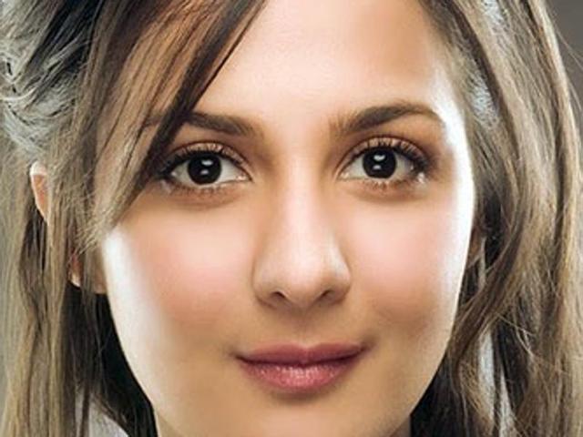 Pooja Ruparel to Hansika Motwani: How do Bollywood's child stars look now