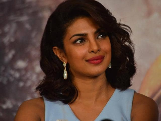 Priyanka Chopra recently took time out to take her team out for dinner at a restaurant in Mumbai.