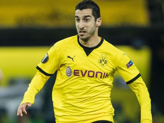 Armenia's Mkhitaryan completes move to Man United: Borussia Dortmund
