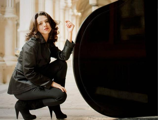 Florence-based soprano Jessica Pratt