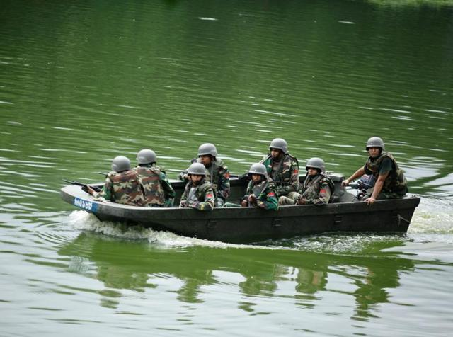 Bangladesh,Islamic State,Al Qaeda