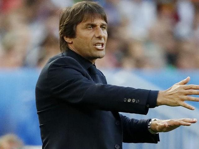 Italy coach Antonio Conte shouts during the Euro 2016 quarterfinal football match between Germany and Italy, at the Nouveau Stade in Bordeaux, France.