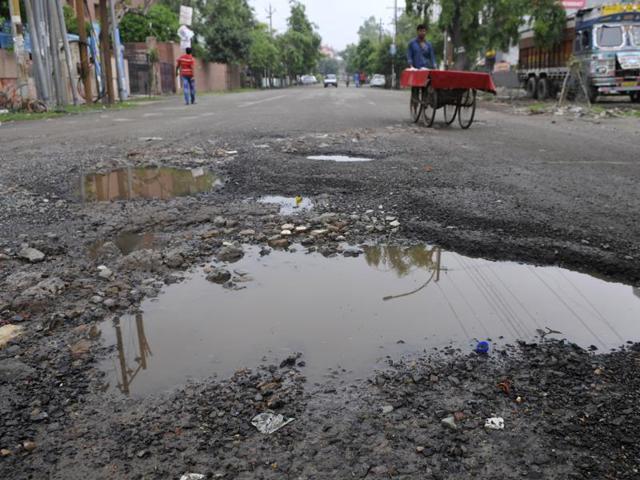 Noida residents express concern over broken roads, waterlogging